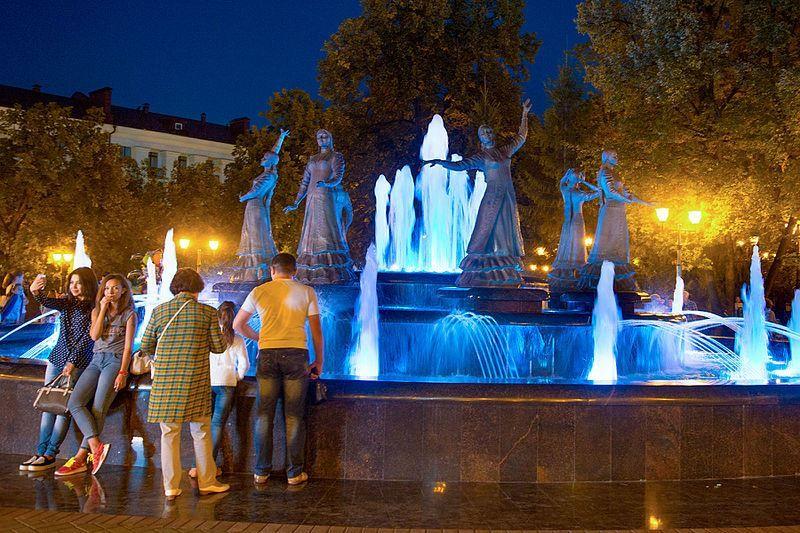 Смотреть красивое фото фонтан Семь девушек город Уфа 2018