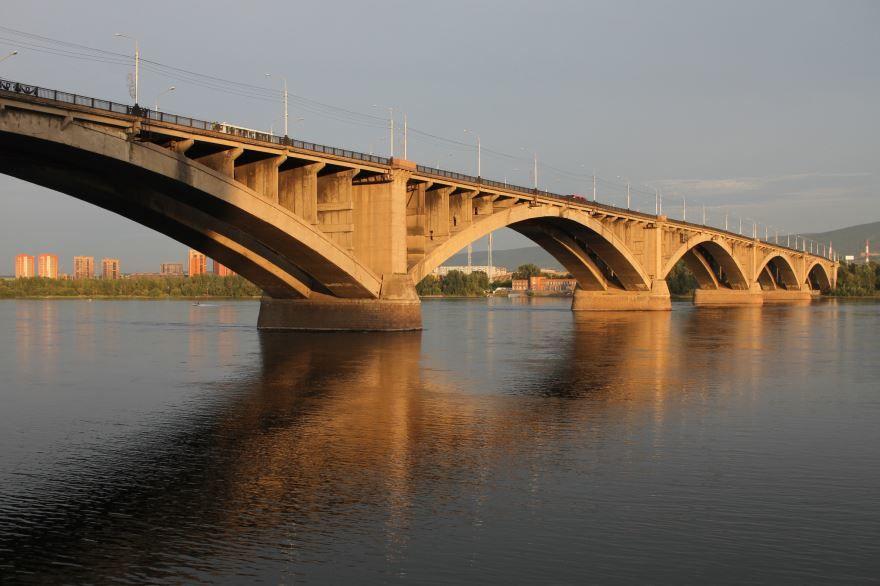Коммунальный мост город Красноярск