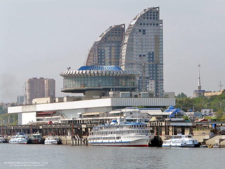 Смотреть красивое фото речной порт город Волгоград