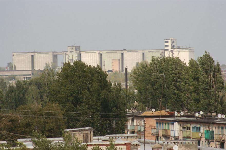 Смотреть красивый вид города Волгоград бесплатно