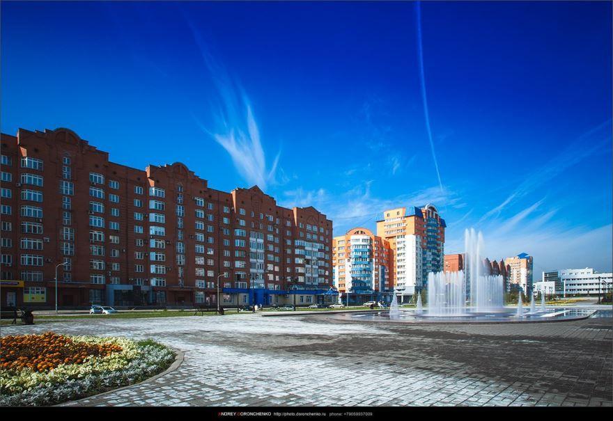 Смотреть красивое фото сквер Ермакова город Тольятти