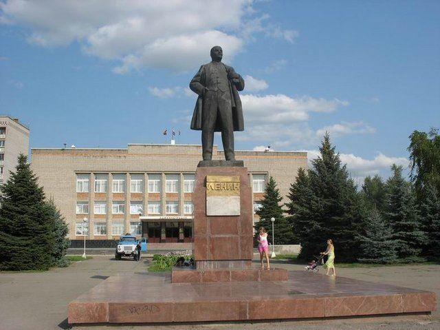 Памятник В.И. Ленину город Аксай Ростовская область