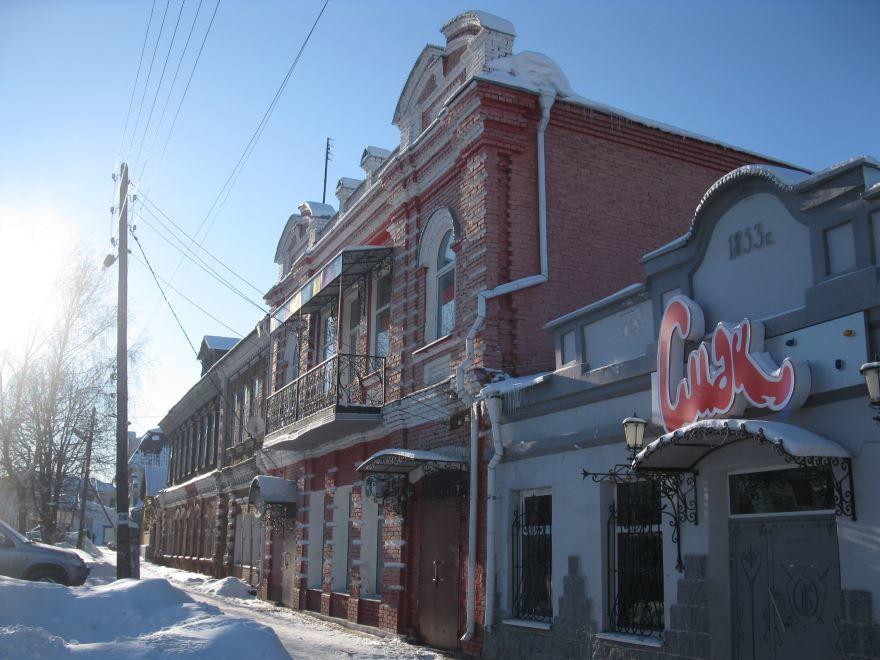 Скачать онлайн бесплатно фото с красивой архитектурой города Алатырь