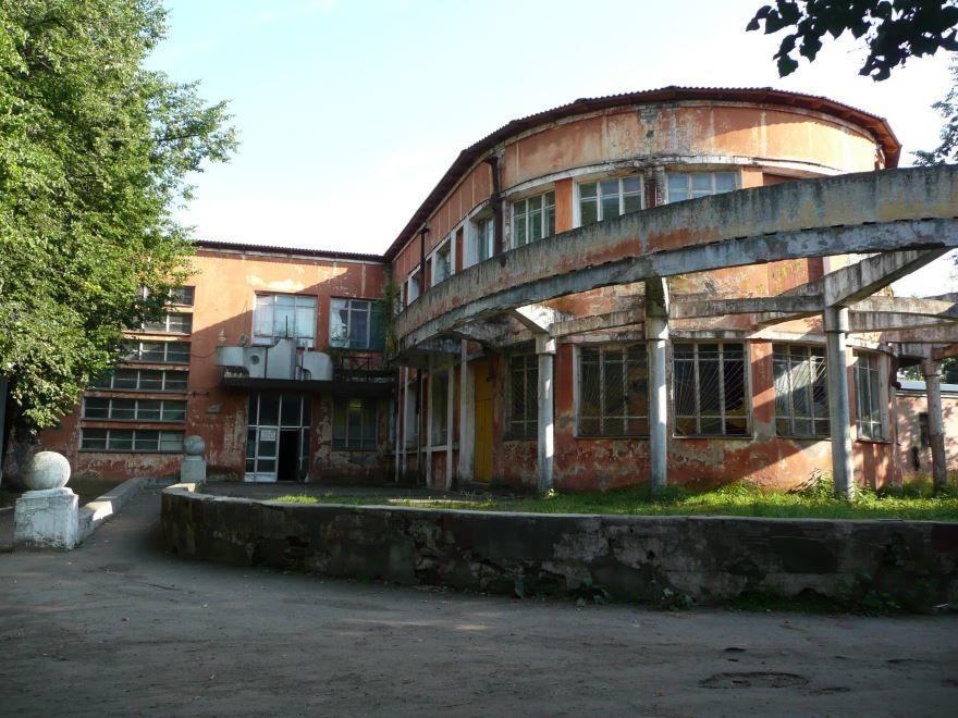 Здание клуба в городе Александров