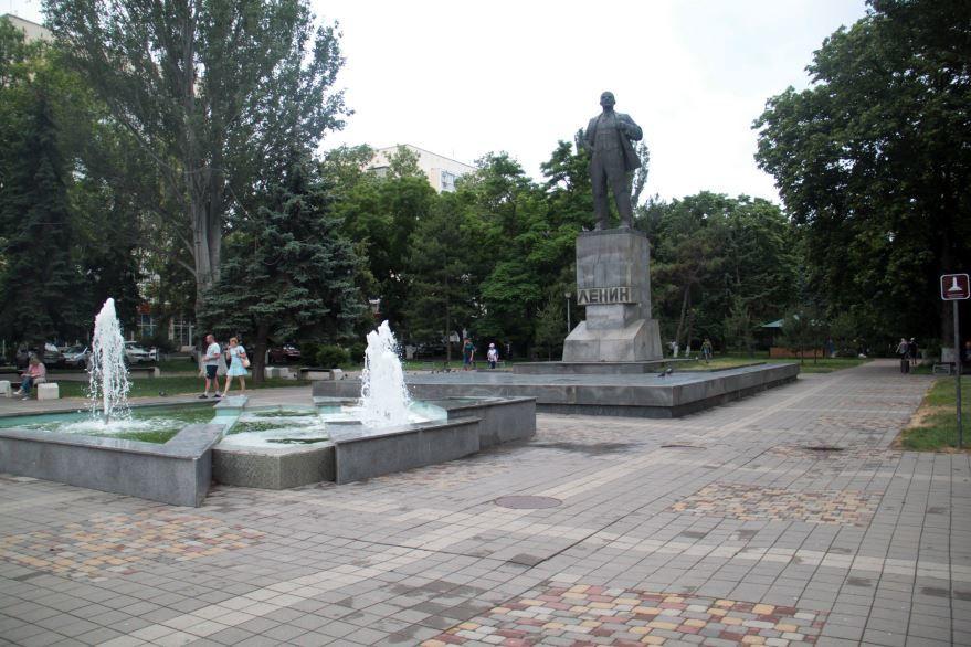 Памятник В.И. Ленину город Анапа 2018 Краснодарский край