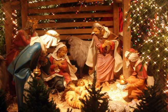 Красивая открытка с праздником с католическим Рождеством