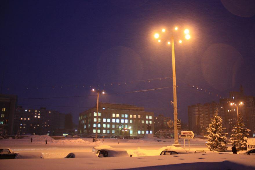 Смотреть красивое ночное фото города Балаково Саратовской области