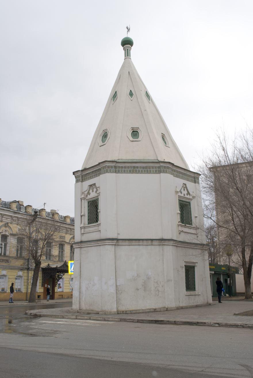 Башня бывшего Спасо-Преображенского монастыря город Астрахань