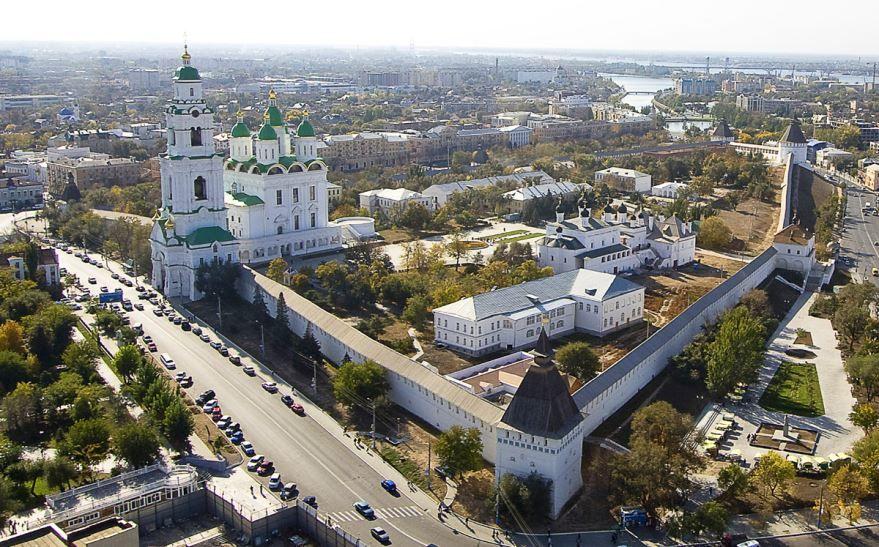 Смотреть красивое фото вид сверху город Астрахань