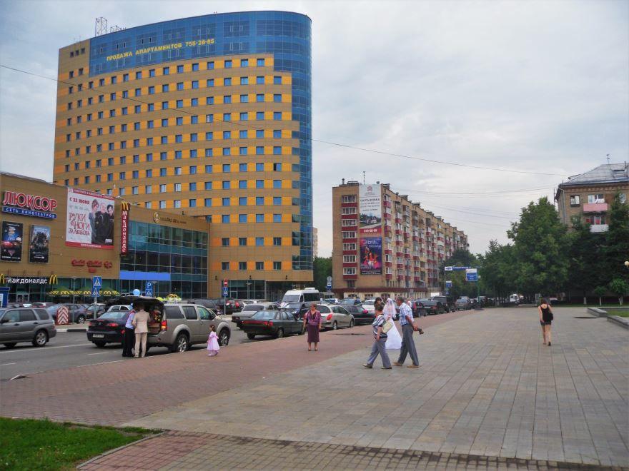 Скачать онлайн бесплатно лучшее фото проспект Ленина в городе Балашиха 2018 Московской области
