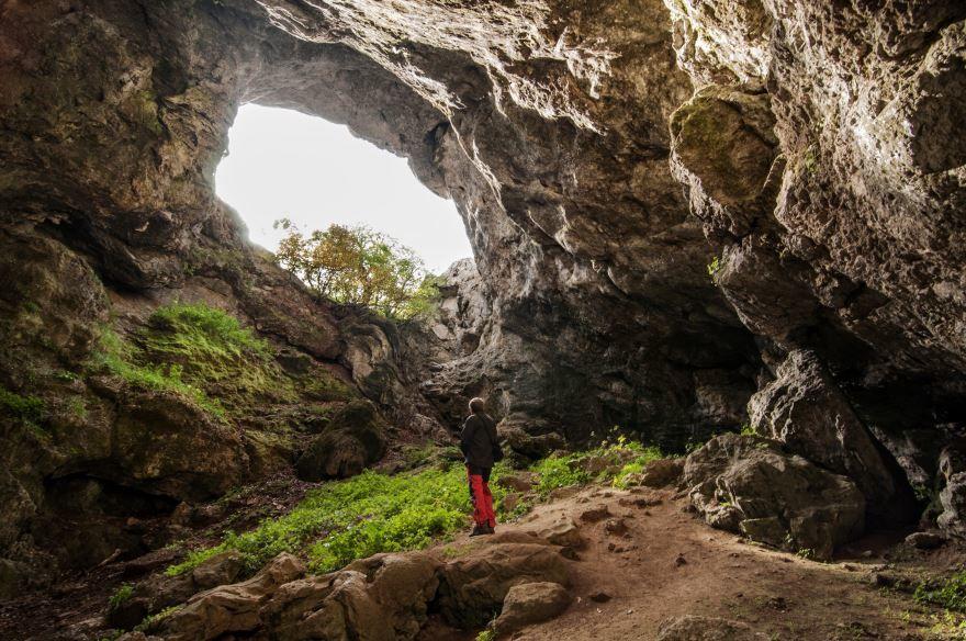 Скачать онлайн бесплатно красивое фото пещера Бузулук в хорошем качестве