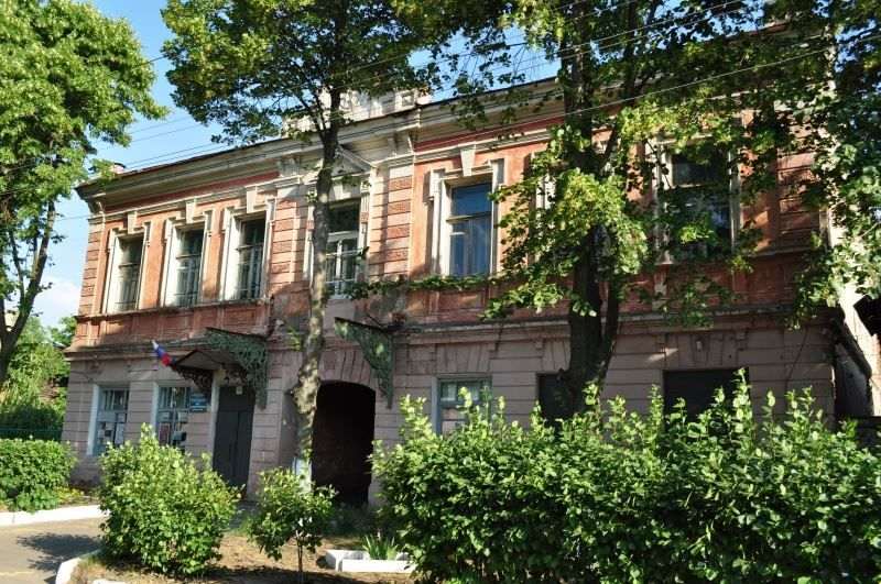 Смотреть интересное фото дом купца Семенова в городе Балашов в хорошем качестве