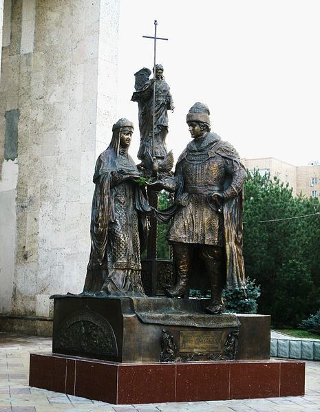 Памятник святым Петру и Февронии город Батайск