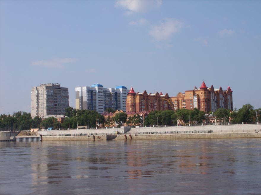 Смотреть лучшее фото города Благовещенск красивый вид с реки на город