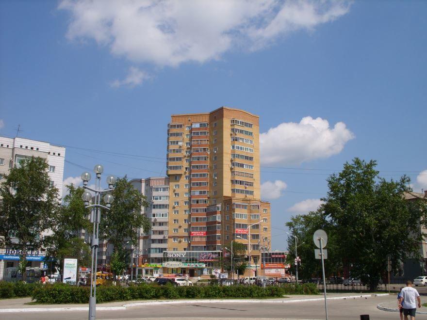 Смотреть красивую улицу города Благовещенск в хорошем качестве