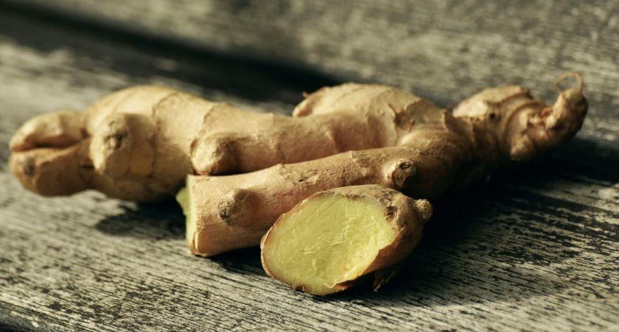 Фото корня имбиря, обладающего полезными свойствами для мужчин