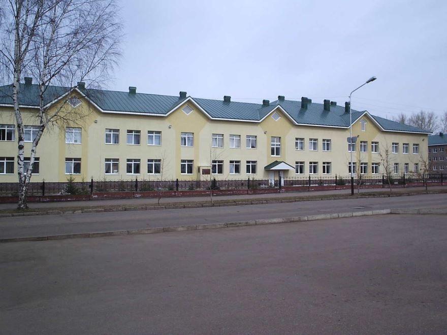 Учебный корпус гимназии город Ишимбай