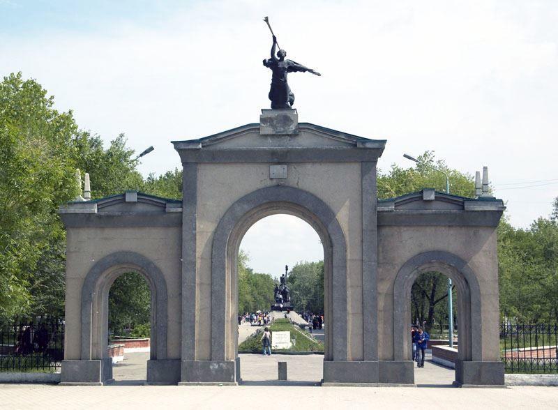Смотреть лучшее фото города Кизляр красивые ворота и их архитектура
