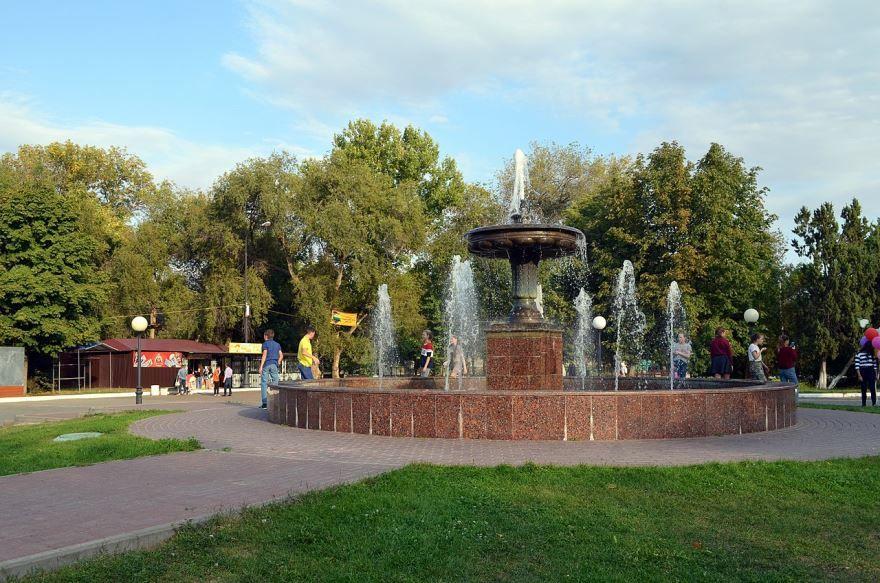 Скачать онлайн бесплатно лучшее фото города Камышин Городской парк в хорошем качестве