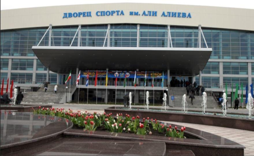 Скачать онлайн бесплатно лучшее фото города Каспийск 2019 Дворец спорта