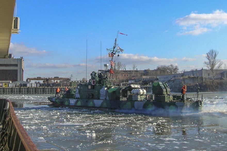 Выход в море кораблей город Каспийск