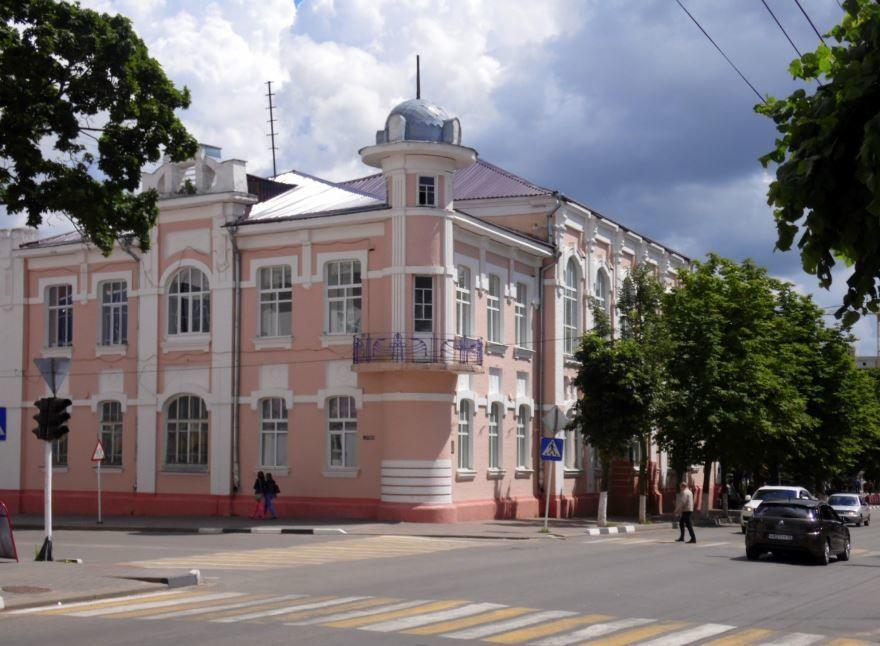 Смотреть красивое фото Женская гимназия город Клинцы