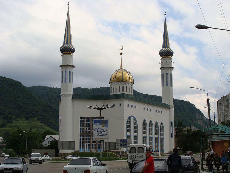 Центральная мечеть города Карачаевска