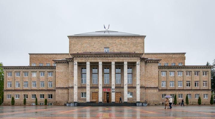 Скачать онлайн бесплатно лучшие фото достопримечательности города Карачаевск в хорошем качестве
