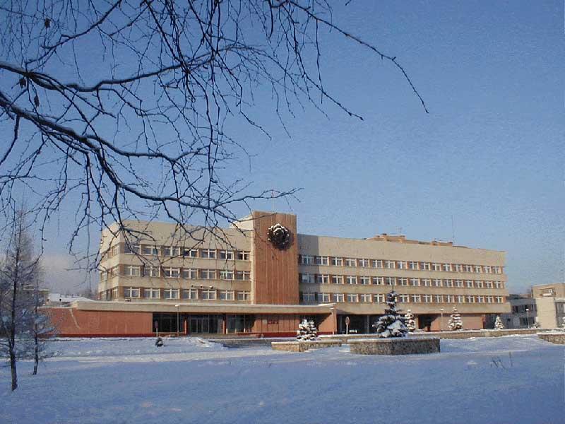 Здание администрации города Кирово чепецк 2019