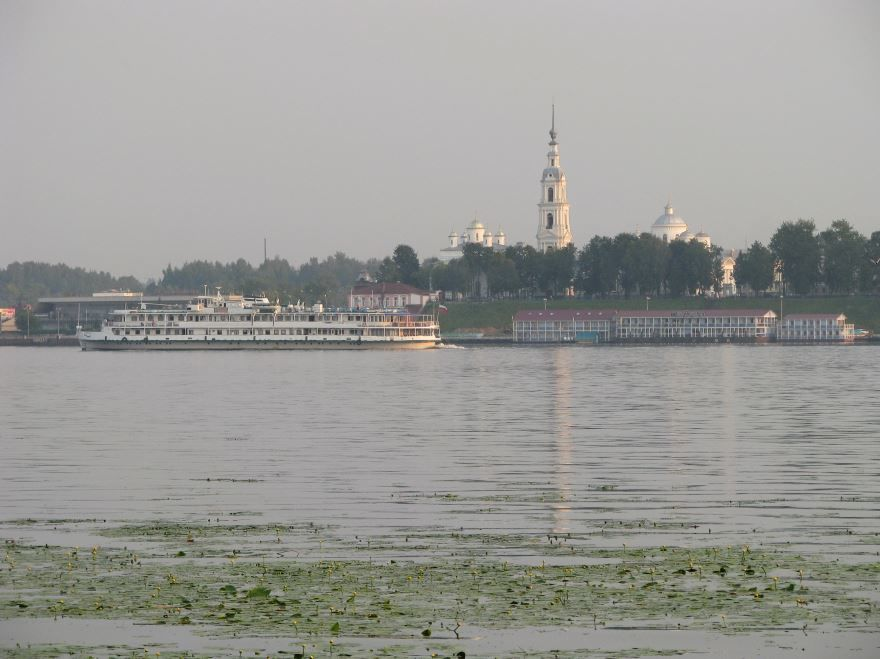 Вид заволжского берега город Кинешма