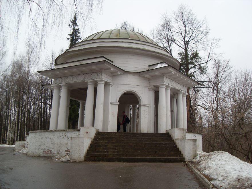 Ротонда Александровского сада город Киров