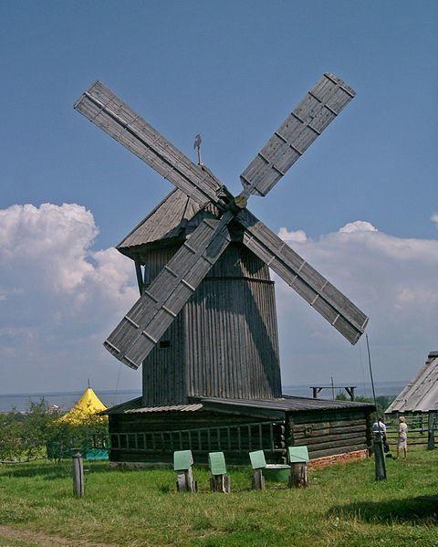Ветряная мельница в Марийском этнографическом музее город Космодемьянск