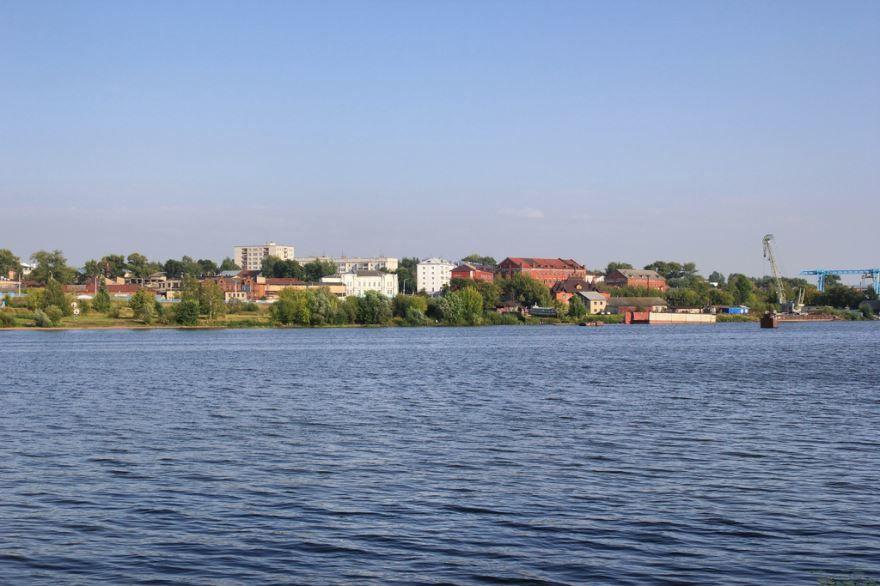 Смотреть лучшие фото города Кострома вид с реки в хорошем качестве