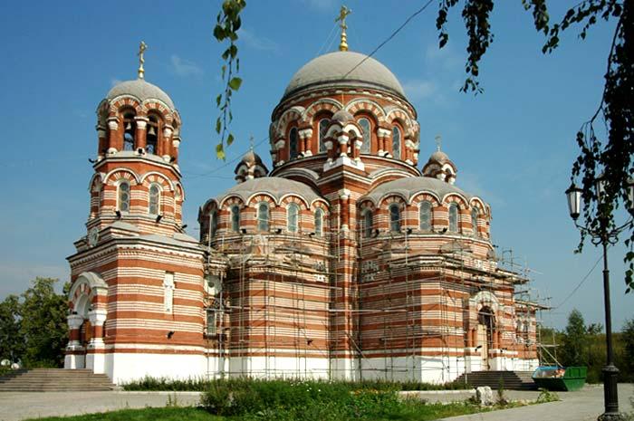 Церковь Троицы в Щурове