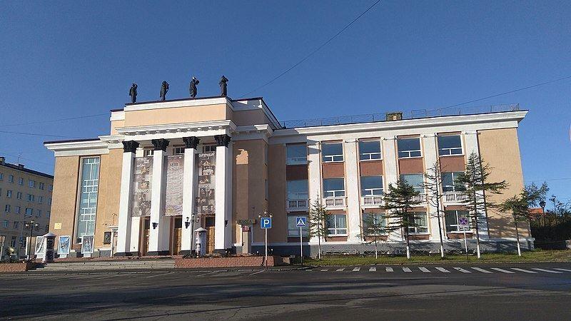 Музыкально-драматический театр имени Горького город Магадан