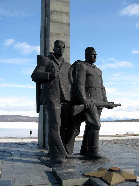 Памятник погибшим в годы Великой Отечественной войны город Мончегорск