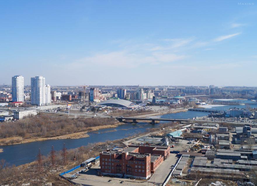 Смотреть красивое фото вид города Миасс и река