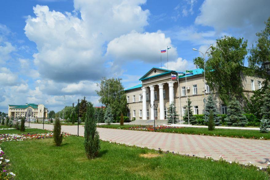 Здание администрации города Мелеуз 2018