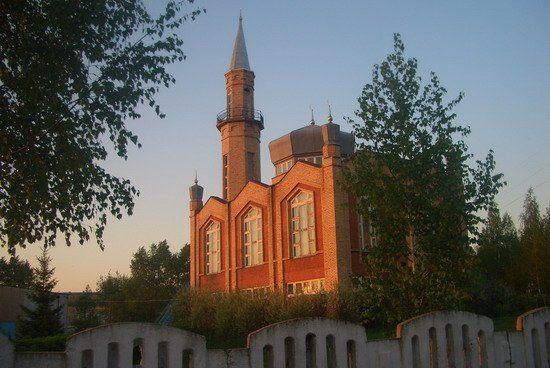 Смотреть красивое фото Мечеть в городе Менделеевск