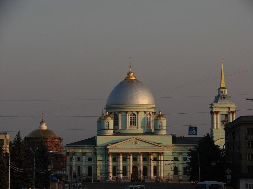 Знаменитый Собор город Курск