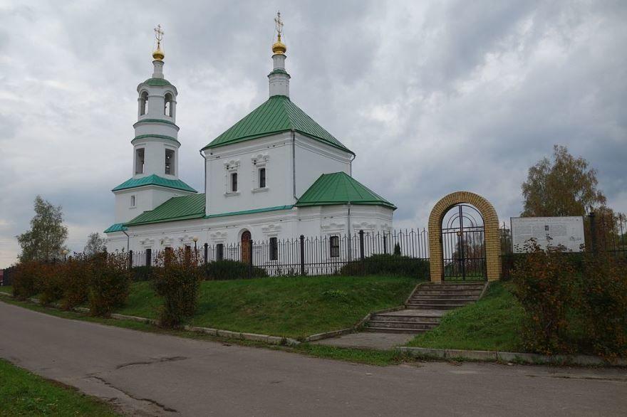 Троицкий храм Льгов