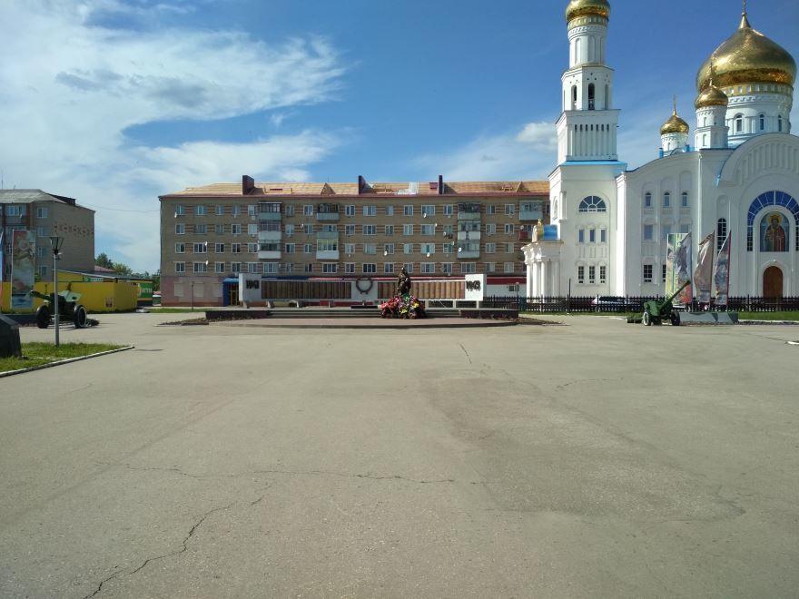 Памятник погибшим в годы Великой Отечественной войны город Краснослободск
