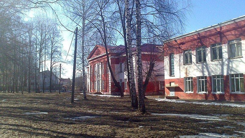 Смотреть красивое фото школа города Кстово в хорошем качестве