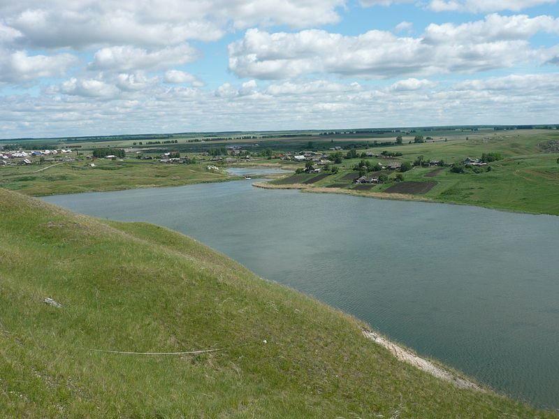 Скачать онлайн бесплатно лучшее фото Пруд на реке Кунгур в хорошем качестве