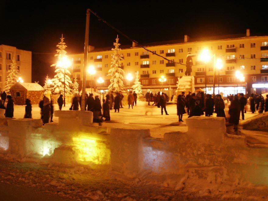 Смотреть лучшее фото города Кумертау Новый год