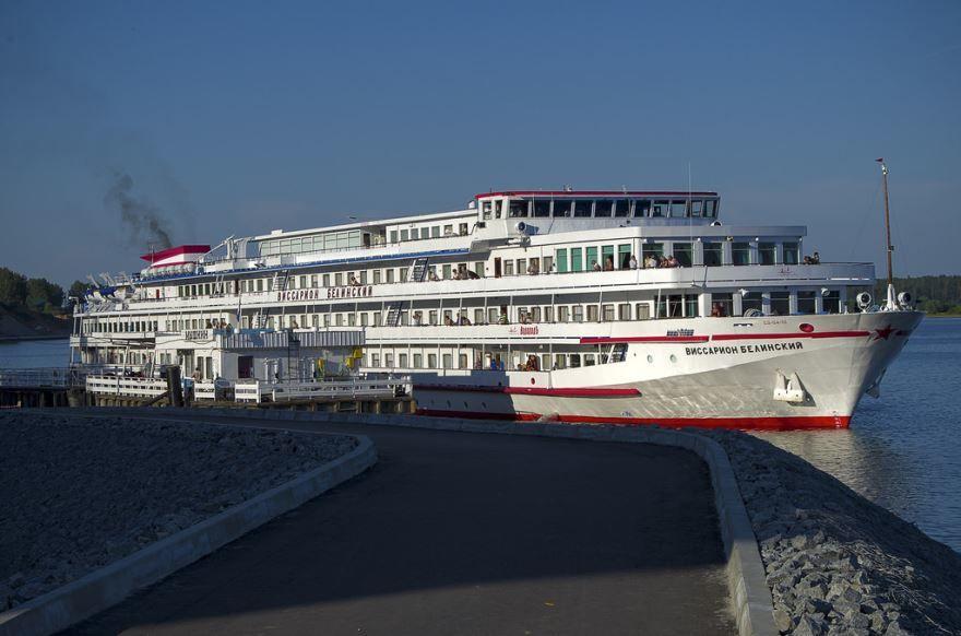 Смотреть красивое фото пристань в городе Мышкин