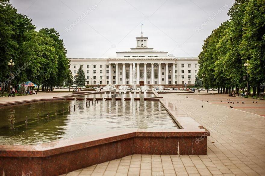 Смотреть лучшее фото города Нальчик площадь города в хорошем качестве