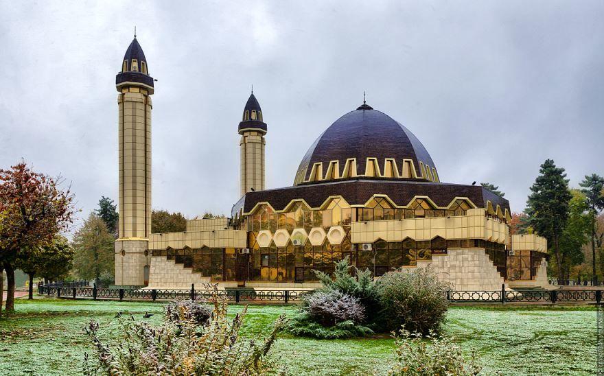 Соборная мечеть в городе Нальчик