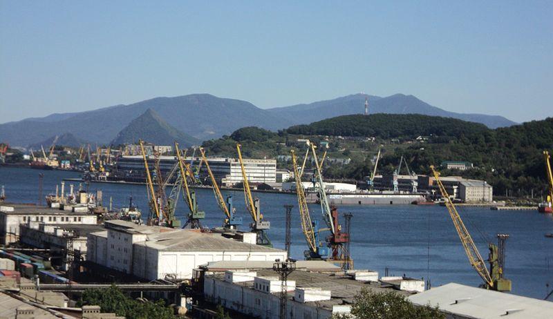 Рыбный порт город Находка