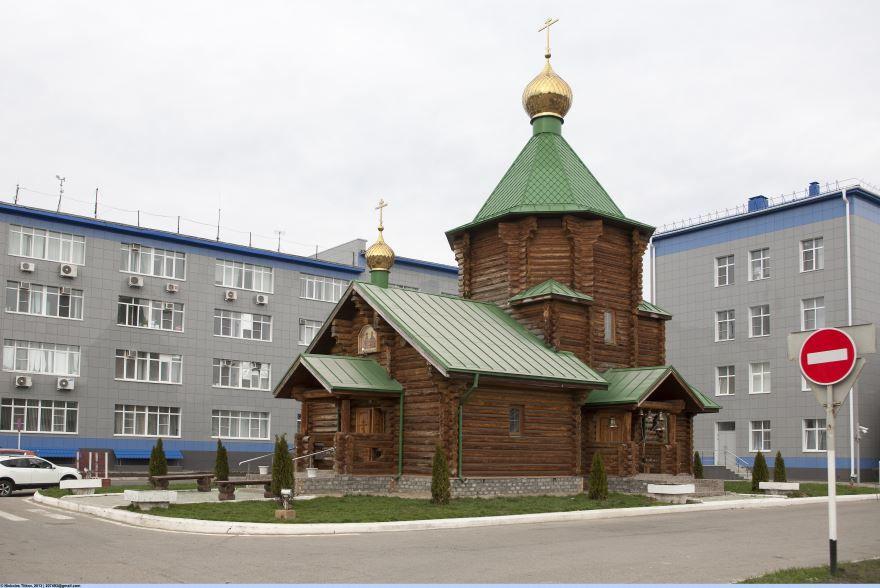 Церковь святых Первоверховных апостолов Петра и Павла город Невинномысск